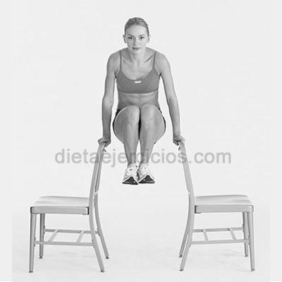 ejercicios abdominales con sillas en casa
